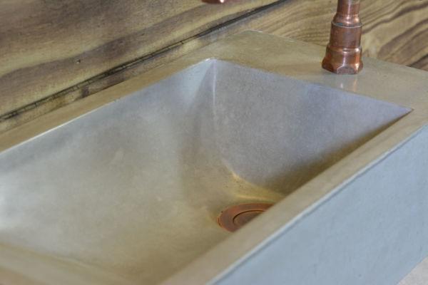 concrete basin plug drain