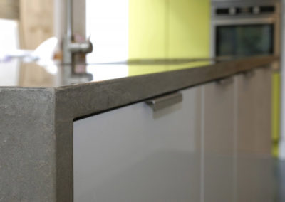 Concrete-Kitchen-Island-Worksurface-25-1024x680